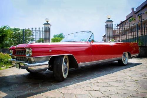 Cadillac Eldorado per matrimonio Milano